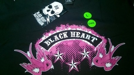 Short sleeve T-Shirt BLACK HEART SWALLOW OWK