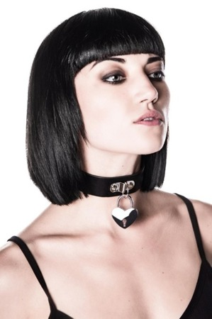 choker KILLSTAR EMILY HEART-LOCKET CHOKER